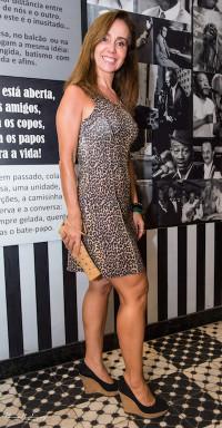 Andreia Freire Vestido - Corporeum Bolsa - Corporeum Sandália - Arezzo
