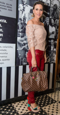 Paula Milo Look total - A Brand Bolsa - Louis Vuitton