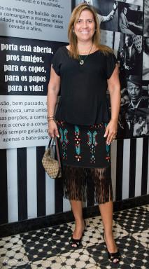 Rosana Siqueira Blusa e saia - Noir by Karla Taylor Sandália - Arezzo Bolsa - Gucci Joias - Rosana Siqueira