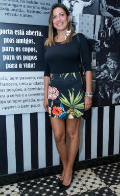 Anny Palma Blusa - 2 Fit Saia - Espaço Fashion Scarpan - Arezzo Bolsa - Animale