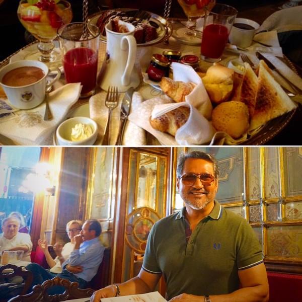 Situado na Praça de São Marcos. Tornou-se famoso por ser a única cafeteria da época que permitia a presença de mulheres. Hoje atrai turista do mundo inteiro que querem experimentar suas delícias e usufruir de suas suntuosas salas.