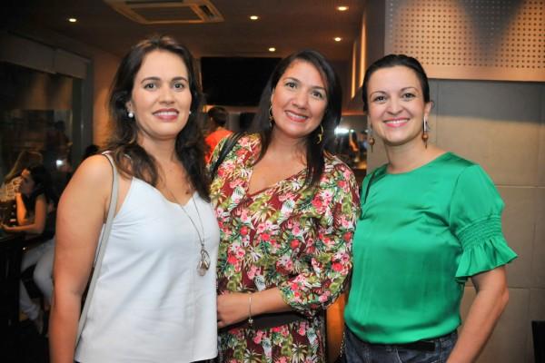 Valéria Pinheiro, Germana Manhães e Myrna Beisl