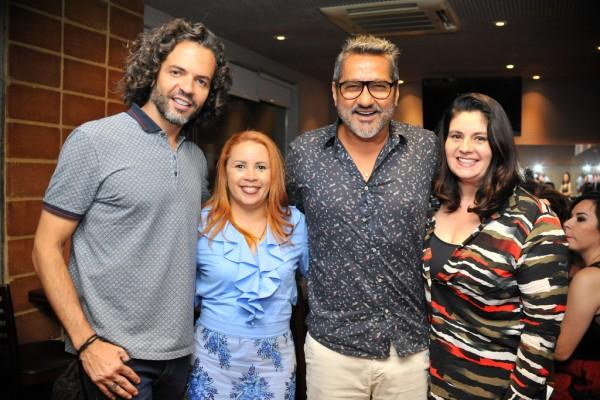 Marcelo, Veronica Costa, eu e Denise Sertã