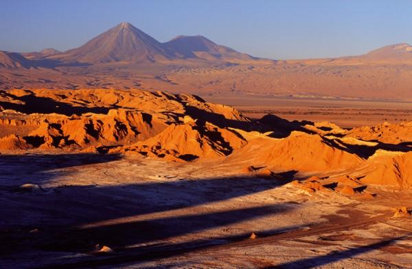 2_Volcan-Licancabur-by_tierra-atacama